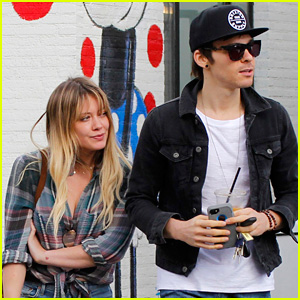 hilary-duff-steps-out-with-rumored-new-boyfriend-matthew-koma